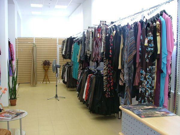 """Торговое оборудование для магазина женской одежды в ТЦ """" Дом Ткани"""""""