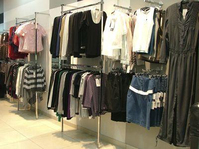 Торговое оборудование для магазина одежды ZARA-ZARA