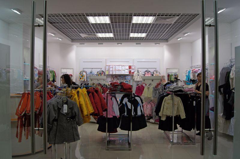Торговые системы труб для магазина детской одежды BUCURUK