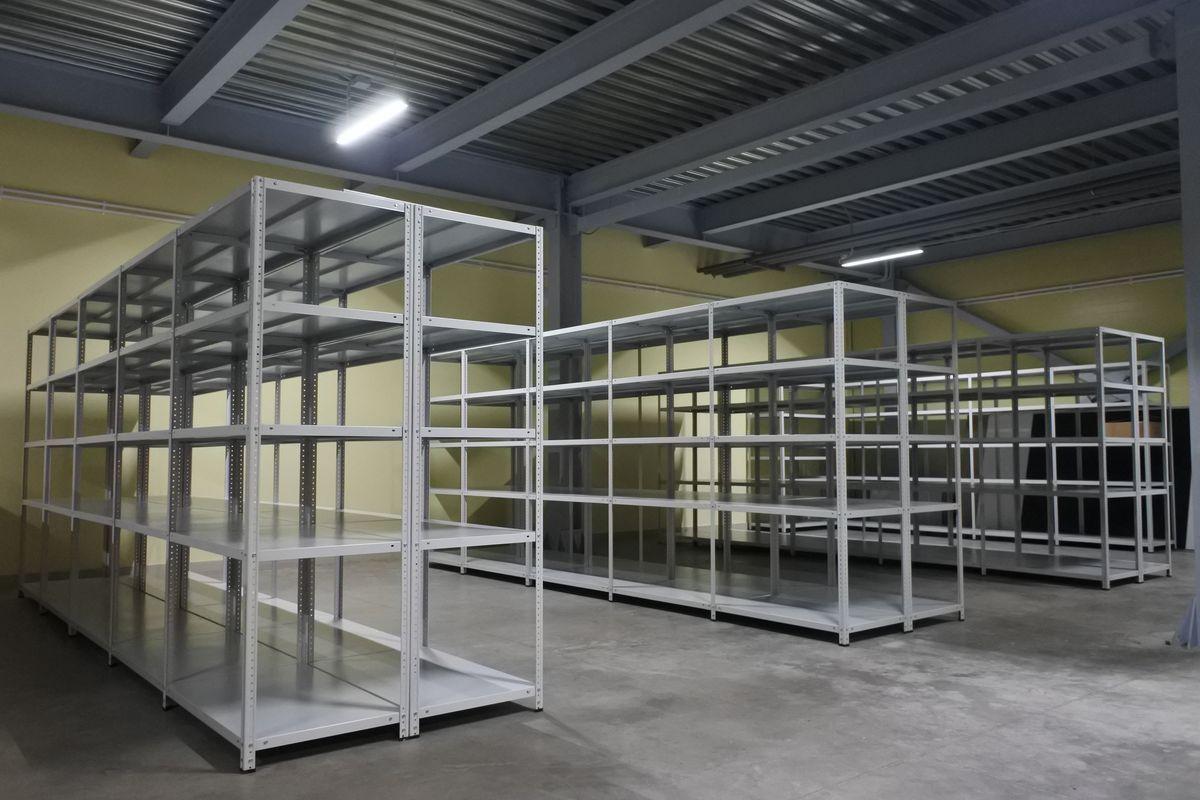 Поставка металлической мебели и стеллажей для ООО «Швейная фабрика Усмань»