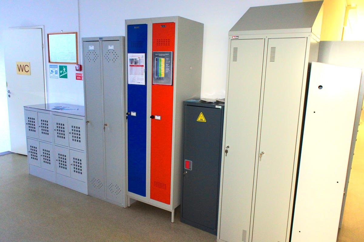 Шкафы металлические гардеробные: производители, область применения, виды, характеристики и преимущества