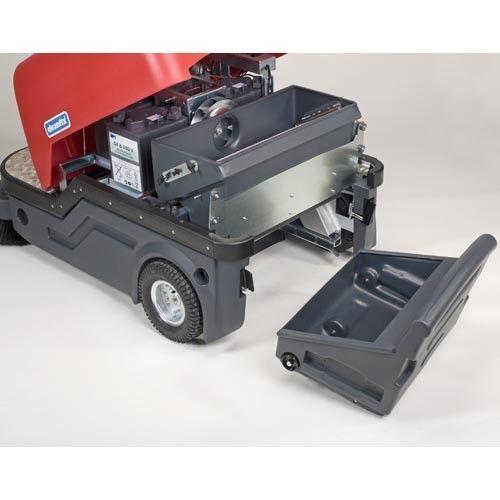 Подметальная машина c местом для оператора Cleanfix KS 1100