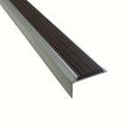 Угловая алюминиевая противоскользящая накладка на ступени с резиновой вставкой арт.5790136 фото, купить в Липецке | Uliss Trade